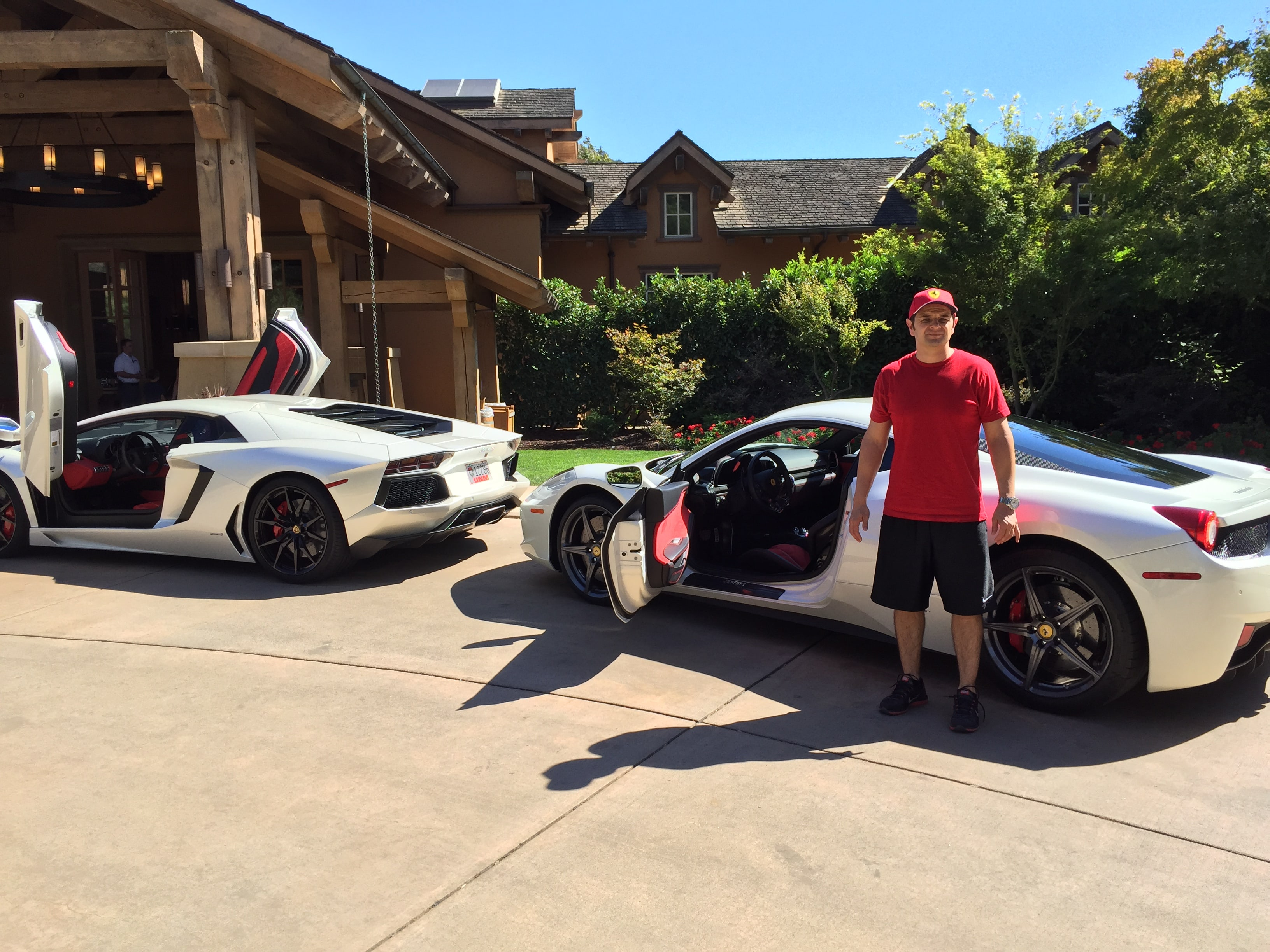 Lambo Aventador & Ferrari Arrive @ Monterey Concours